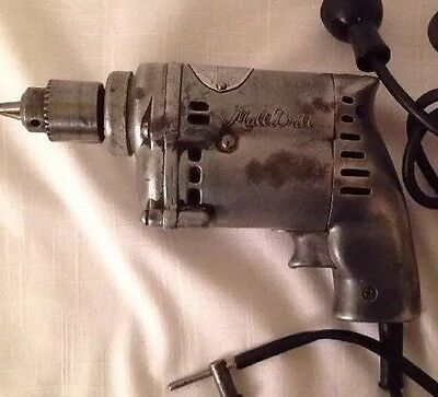 Vintage MALL TOOL COMPANY CHICAGO MALL Electric Drill 143T  w/Chuck Key 1/4""