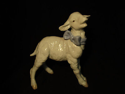 "LLADRO Glazed Porcelain Figurine #6546 ""Baby Boy Lamb"" RETIRED 7"""