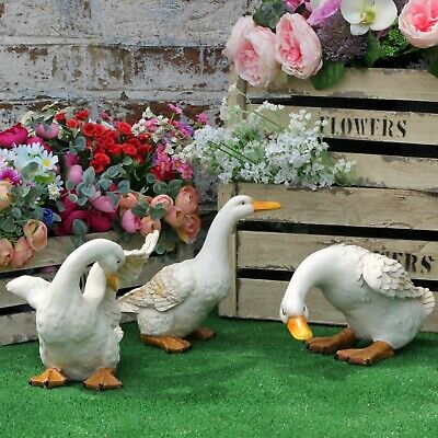 Duck Garden Ornament Resin Patio Pond Sculpture Bird Farm Animal Statues Lawn