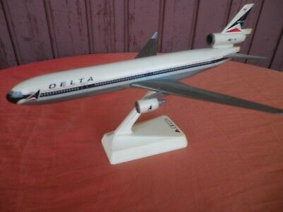 Maquette Agence Avion Delta Airlines Md 11 1988