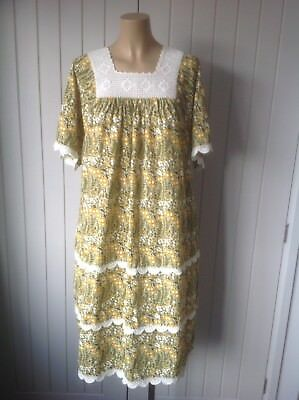 Vintage 1960s 70s Ladies Cotton, Lace Tent,Tired Dress Summer Floral 14/16 VGC