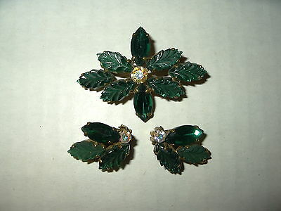 Pretty Vintage Goldtone Emerald Green & AB Rhinestone Leaf Brooch Pin & Earrings
