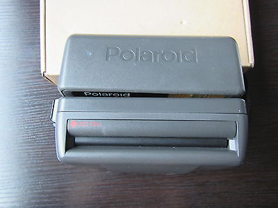 Polaroid One Step Close Up  Instant Camera takes 600 film tested