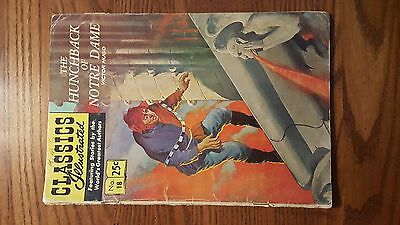 CLASSICS ILLUSTRATED #18 (HRN 169) HUNCHBACK OF NOTRE DAME, Stiff cover Comic