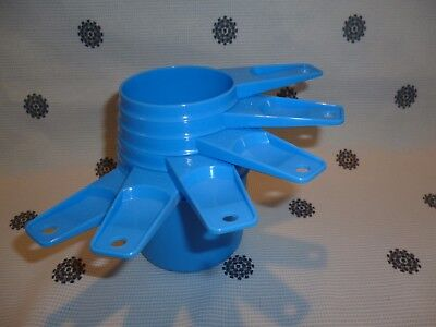 Tupperware Measuring Cups set of 6 Blue New
