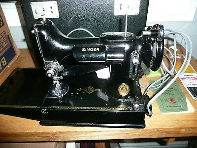 Vintage Singer Sewing Machine 221K Featherweight Boxed + Instructions Perfect Wo