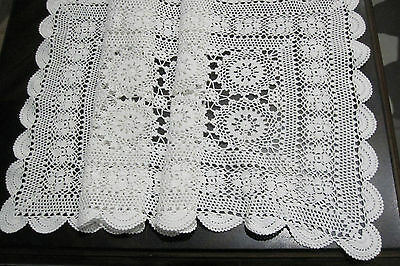 A Beautiful Vintage White Crochet Runner  (  73 x 33 cm  Approx  )