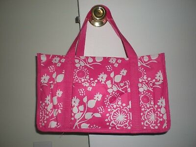 Thirty One Small Tote (Thirty One Give) Pink and White