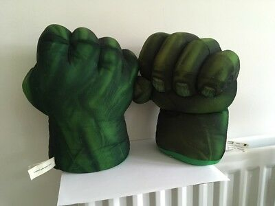 Marvel Incredible Hulk Smash Hands With Sounds