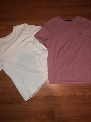 Tommy Hilfiger Lot Of 2 Mens T-Shirts Solid T Shirt Assorted Colors Logo Size s