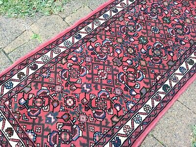 Beautiful bright pink pure wool Persian hall runner, 205cm by 70cm; FREE POST