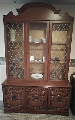 Solid wood 2 piece hutch