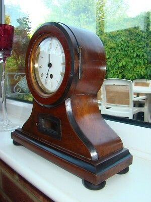 French 8 day mantel clock for parts or restoration, running well, pendulum & key
