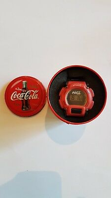 Coca-Cola Uhr in Coca-Cola Dose
