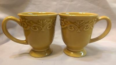 2 CHRIS Madden, Dinnerware JC penneys China Corvella-Gold Mugs ...