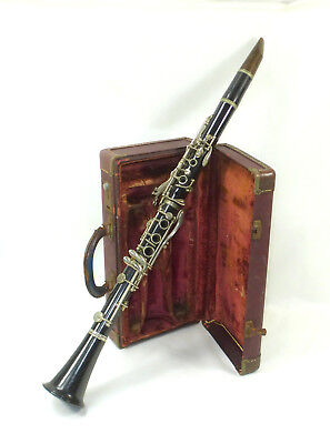 Old Clarinet in case D.Bonade