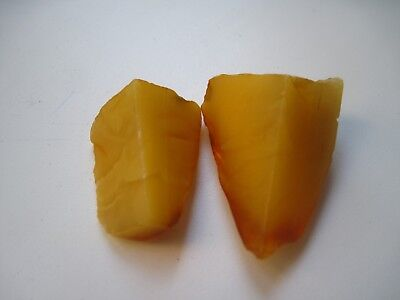 11 gr. two small ANTIQUE NATURAL BALTIC AMBER STONES 老琥珀 EGG YOLK BUTTERSCOTCH