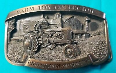 New 1986 Toy Farmer Commemorative Belt Buckle Allis Chalmers WD Ser # 68 of 500