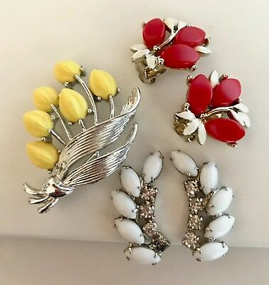 Vintage Lot of Mixed Thermoset Lucite Rhinestone Flower Leaf Pin Brooch Earrings