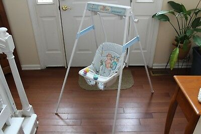Graco Swyngomatic Baby Swing, Vintage, Wind-Up Good At Putting Baby To  Sleep