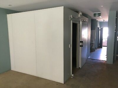 Coolroom almost brand new- ASTR 2600 x 3360 x 2420h   MAKE AN OFFER