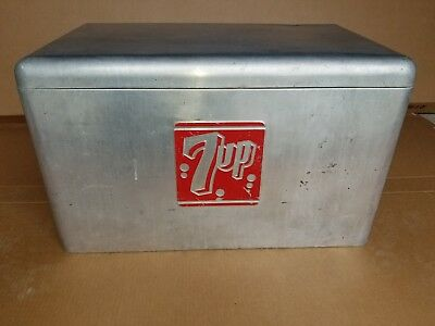 Vintage 7UP Aluminum Cooler Soda Beverage 7 UP Advertising Constroms Ice Chest