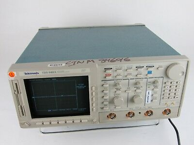TEKTRONIX TDS 640A 4 CHANNEL OSCILLOSCOPE 500MHZ 2 GS/s