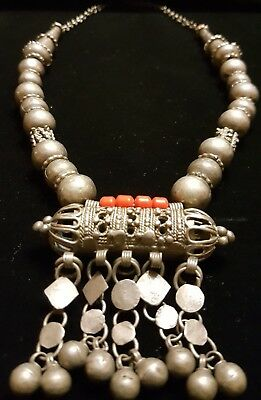 Vintage Antique Old Yemenite Bedouin Tribal Ethnic Red Coral Silver Necklace N5