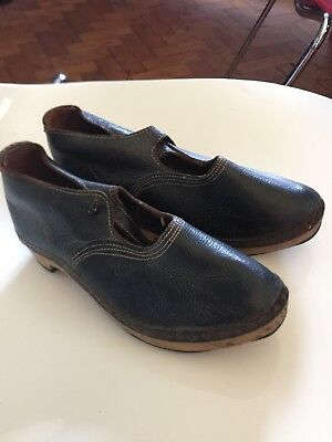 Childrens Antique Wooden Leather And Iron Factory Black Clogs Roughly Size 3