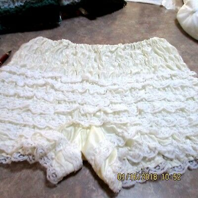 #11-SQUARE DANCE PETTIPANTS, SIZE MED,GOOD CONDITION Waist fits 24 _36  inches