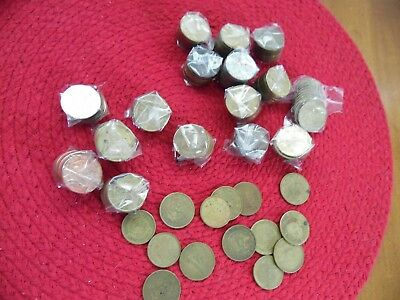 160 Showbiz And Chuck E Cheese Tokens - Brass And Nickel Plated