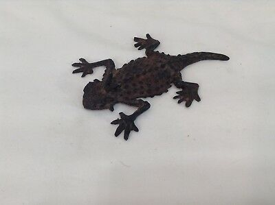 Horny Toad Metal Flat Rustic Aged 4.75X3.5 Inches