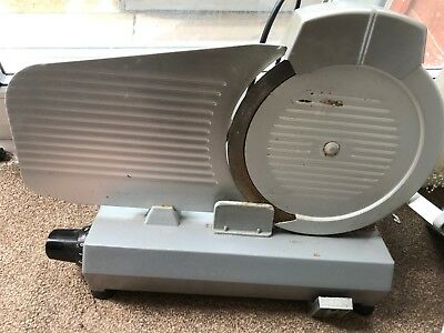 Mondial 25 Meat Slicer - Used and Working, with sharpening attachement