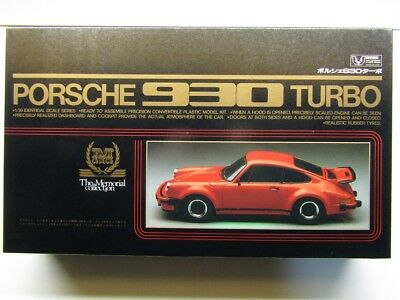 "Union ""The Memorial Collection"" 1:20 Scale Porsche 930 Turbo Model Kit - Perfect"