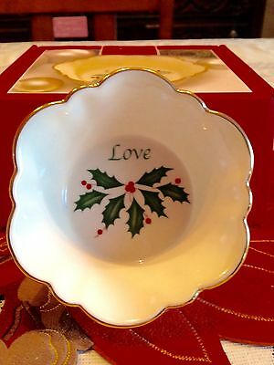 REDUCED - LENOX Holiday Round Fluted Dish - 'LOVE'