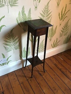 Antique Arts and Crafts Edwardian Plant Stand. Tile top