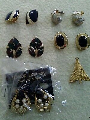Costume jewelry Vintage - now pierced clip on rhine stones pin lot