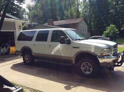 2000 Ford Excursion Limited, tan leather 2000 Ford Excursion Limited, 4wd, rare 4th row seat, 10 passenger, 6.8L, plow