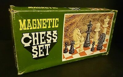Vintage Magnetic Chess Set Complete GC Portable