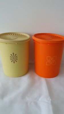 2 x vintage TUPPERWARE containers