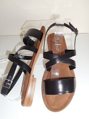 BNIB From Evans Shoes Size UK 8 Wide Fit White Strappy Sandal EEE