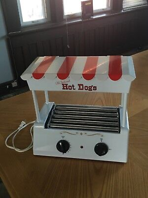 Nostalgia Electronics Hot Dog Machine