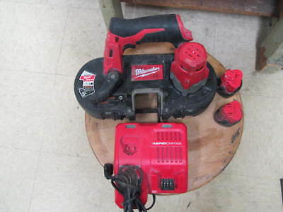 Milwaukee 2429-20 M12 Cordless Sub-Compact Band Saw w 2 Batteries and charger