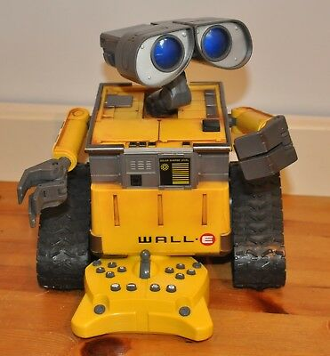 Wall E Walle U Command Remote Control Robot Pixar Thinkway Great Condition Toy