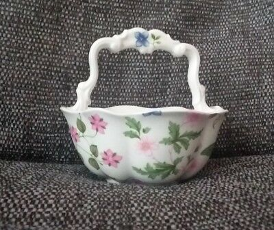 * Queens China Country Meadow Victoria Basket - Excellent Condition *
