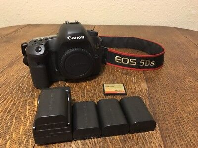 Canon EOS 5Ds 50.6mp Digital Camera With Extras!