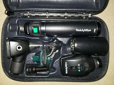 Welch Allyn Otoscope Ophthalmoscope Complete Set in Excellent Working Condition