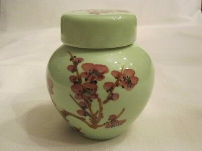 "Small Vintage Porcelain Green Ginger Jar Urn Vase Lidded Floral Japan 4"" High EX"