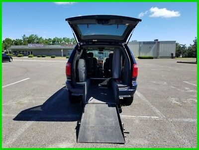 Chrysler Town & Country Limited VAN WHEELCHAIR HANDICAP REAR ENTRY LEATER SEATS 2006 Limited Used 3.8L V6 12V