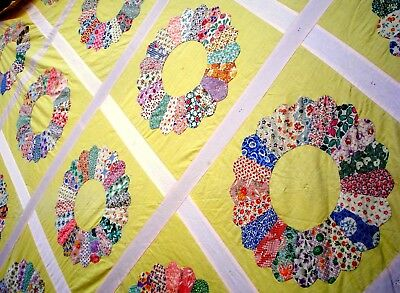 Vintage 30's Dresden Plate Quilt top hand stitched pastel yellow